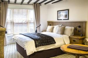 the-star-inn-leicester-bedroom-image-6